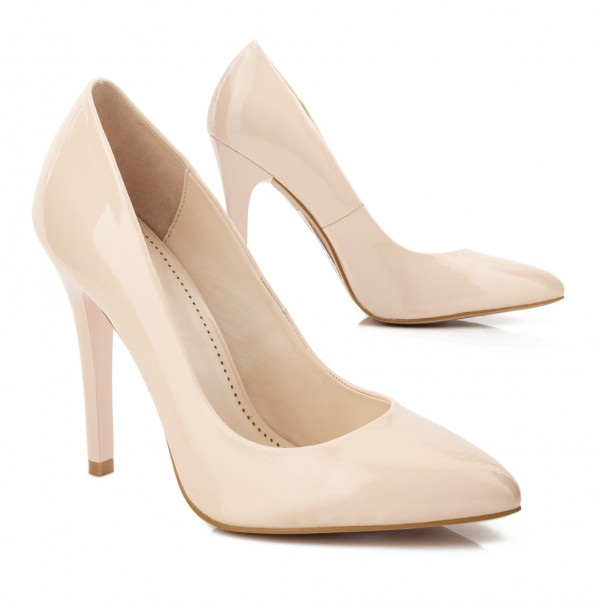 The classic nude pump